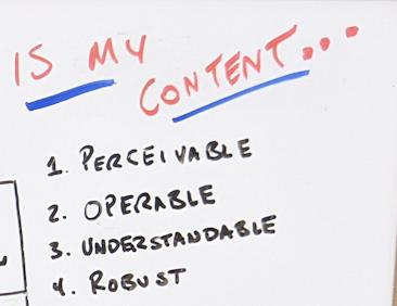 Рукописный список, в котором спрашивается, является ли контент воспринимаемым, доступным, понятным и надежным.